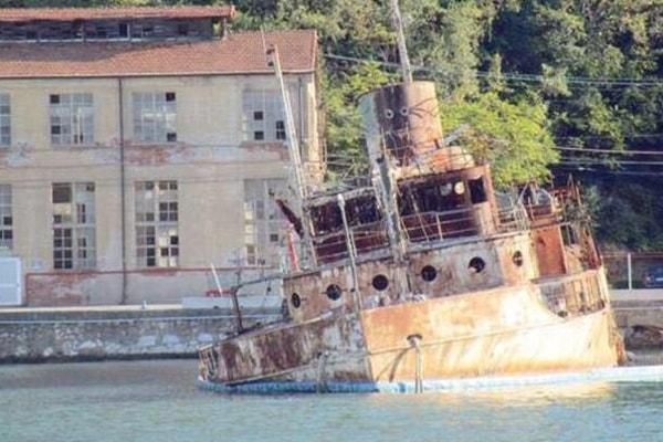 Barche over boat